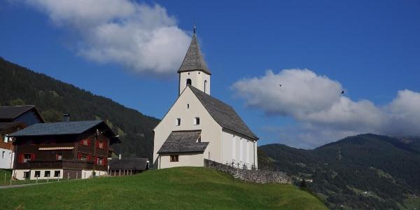 Bartholomäberg, Kuratienkirche zu Unserer Lieben Frau Mariä Unbefleckte Empfängnis und Friedhof 1