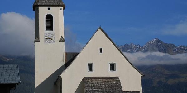 Bartholomäberg, Kuratienkirche zu Unserer Lieben Frau Mariä Unbefleckte Empfängnis und Friedhof 2