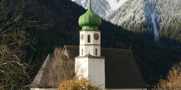 Sankt Gallenkirch, Katholsiche Pfarrkirche Heiliger Gallus mit Friedhof 1