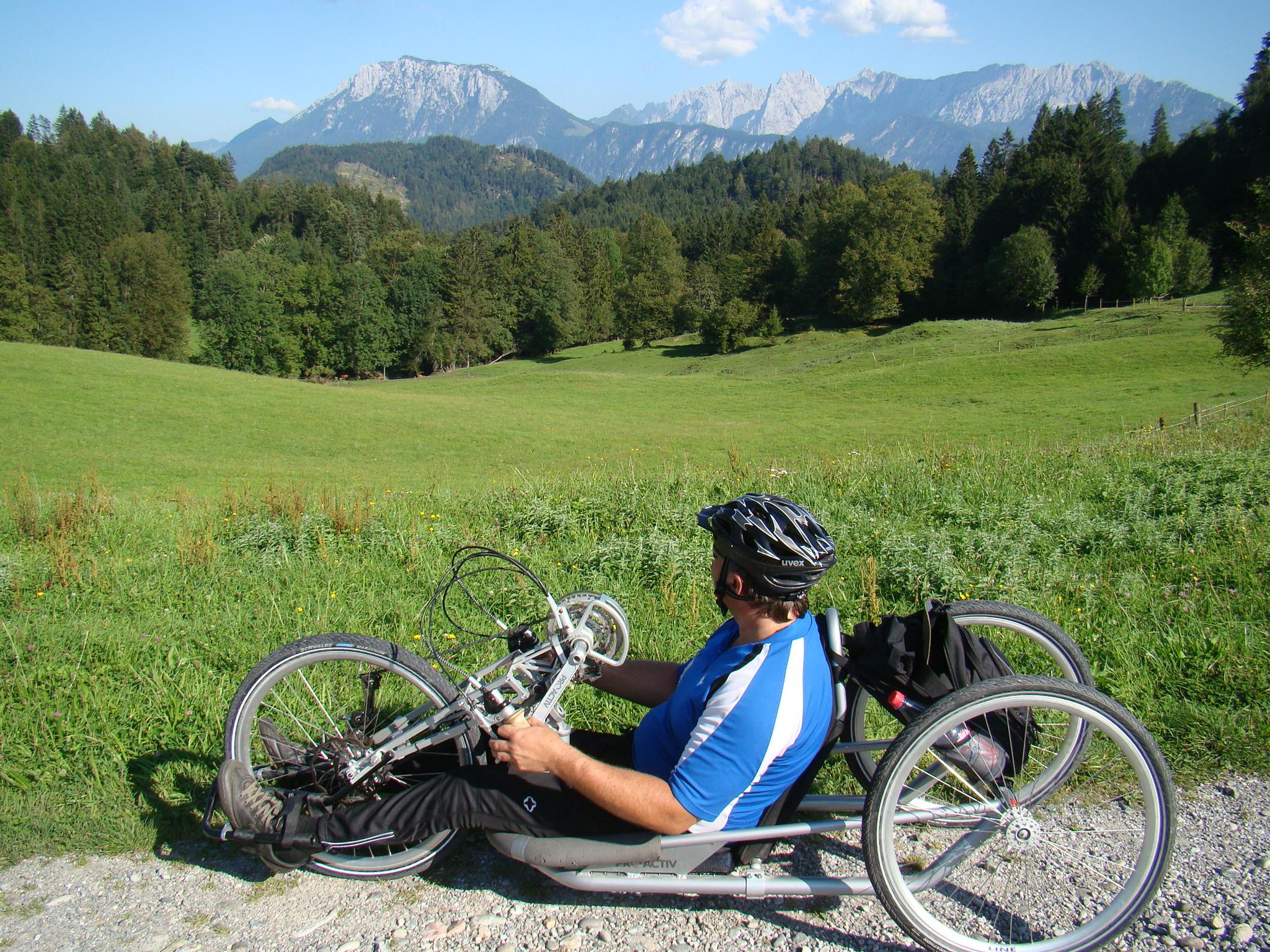 Mit dem Handbike unterwegs im Chiemsee-Alpenland
