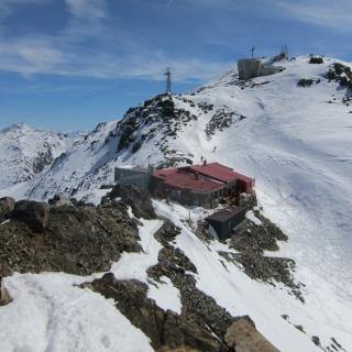 Glungezer, Glungezerhütte