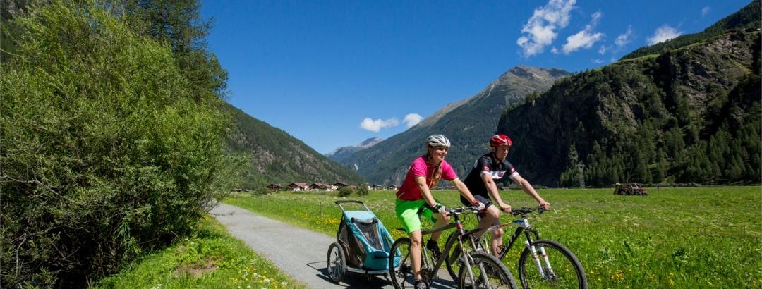 Radtour auf dem Ötztal Radweg in Tirol