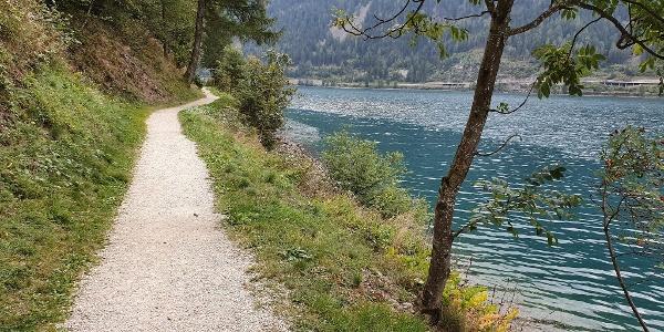 Lake side path at Lago Poschiavo
