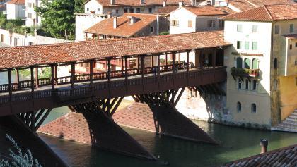 """Die """"Ponte degli Alpine"""" in Bassano"""