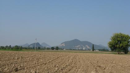 Blick zurück nach Norden: Die Berge lassen mich nicht los.