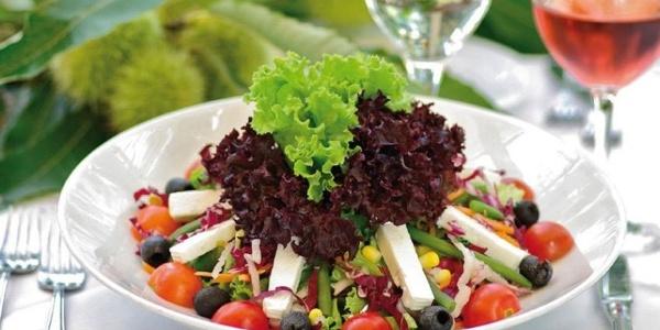 Im Restaurant Etschgrund in Burgstall erfreuen frische, qualitativ hochwertige Speisen die Gäste.