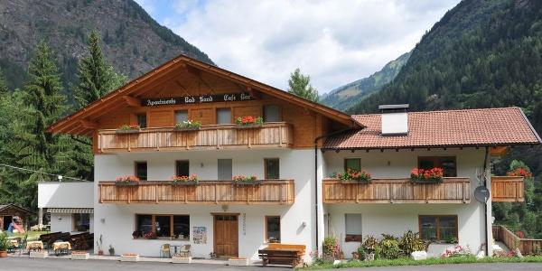 Die Residence Gasthaus Bad Sand im Passeiertal ist gemütliche Unterkunft für Aktivtouristen.