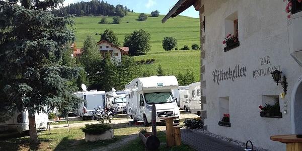 Im Restaurant Ritterkeller in St. Vigil schmeckt nicht nur die Pizza aus dem Holzofen köstlich.