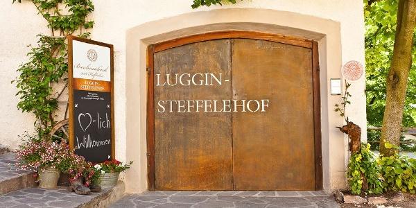 Treten Sie ein in den Luggin-Steffelehof in Kaltern und lassen Sie sich köstlich verwöhnen.