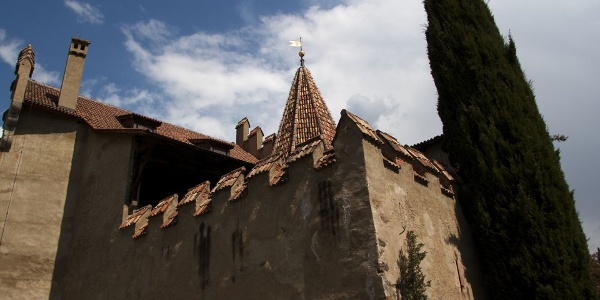 The Castel del Principe Castle.
