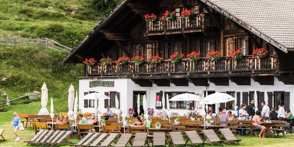 The pleasure of the Stafell alpine hut.