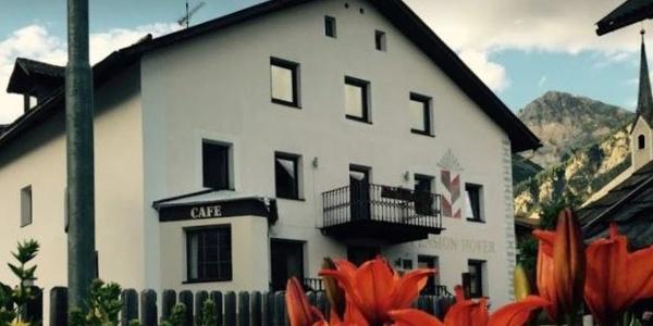 Welcome to the Pension Hofer in San Valentino alla Muta! /