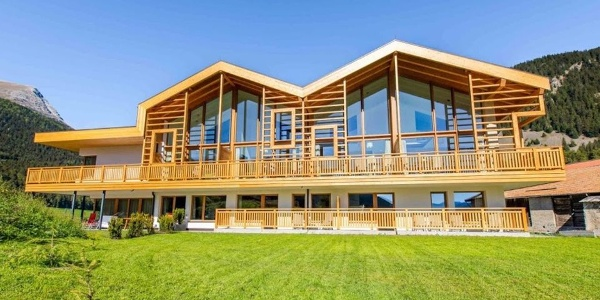 Welcome to the Alpines lake & mountain Residence! /