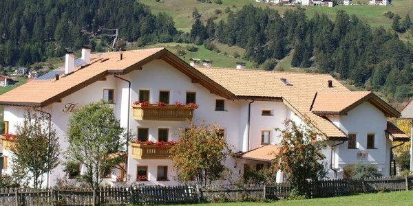 The Chalet Harmonie is quietly situated in the idyllic San Valentino alla Muta.
