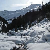 Die Kassianspitze, 2581 m, zeigt sich das erste mal im tief verschneiten Großalmtal!