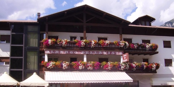 Welcome to Hotel Bellavista in Castello Tesino! /
