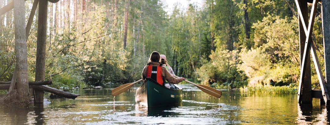 Canoeing in beautiful Jongunjoki area.