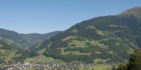 Schruns, in der Mitte des Bildes befindet sich ungefähr der Buchwald
