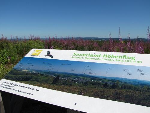 Sauerland-Höhenflug: Von Neuenrade nach Affeln. Wanderung mit Bus und Bahn (MVG)