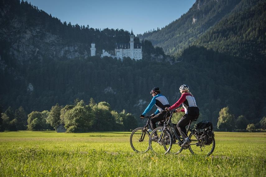 Blick auf Schloss Neuschwanstein - @ Autor: Christian Greither - © Quelle: Tourismusverband Ostallgäu e.V.