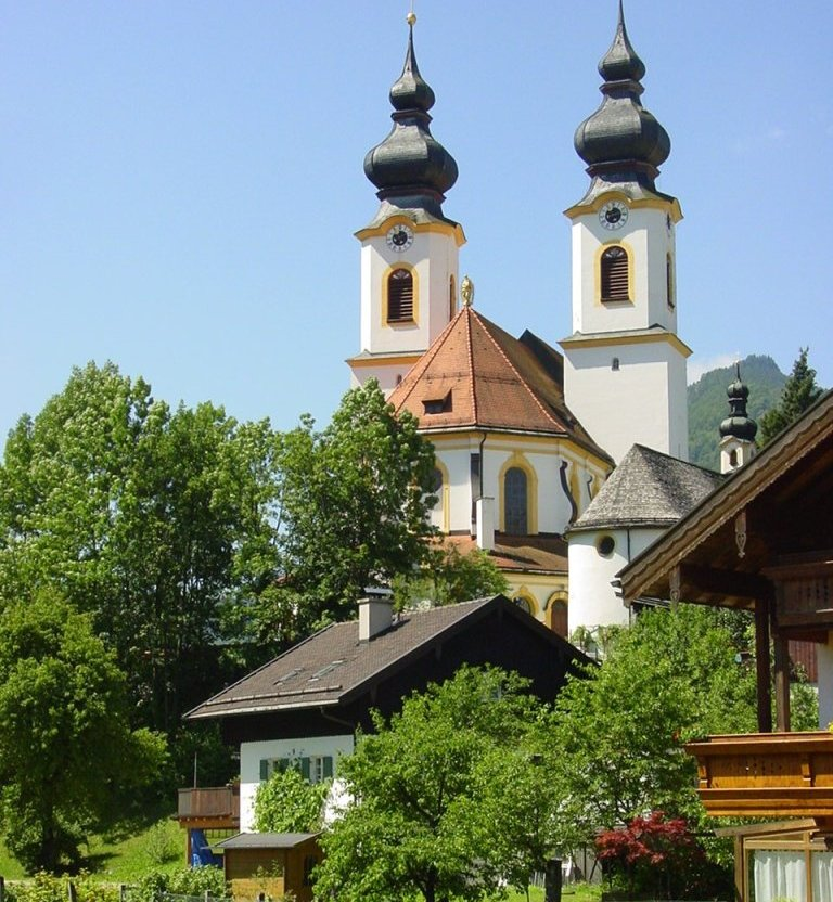 Pfarrkirche Mariä Himmelfahrt in Aschau i.Chiemgau