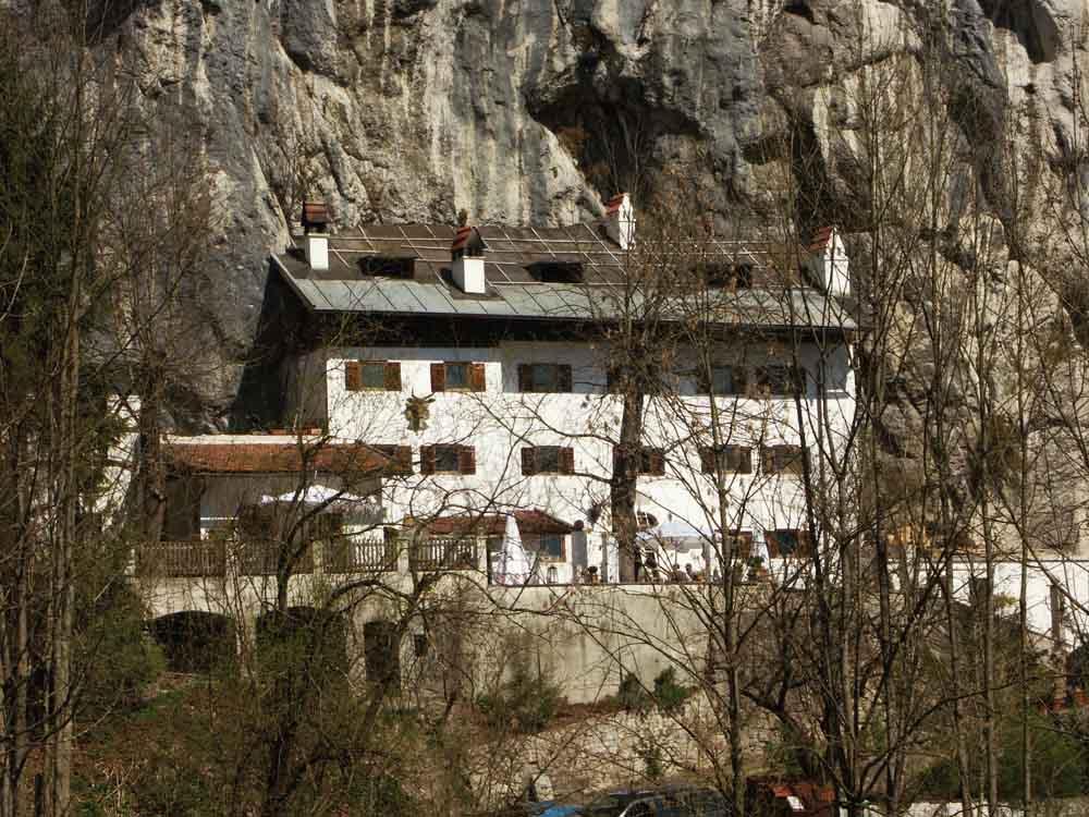 Weber an der Wand in Oberaudorf