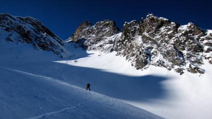 Wunderbares Skigelände in wilder Landschaft.
