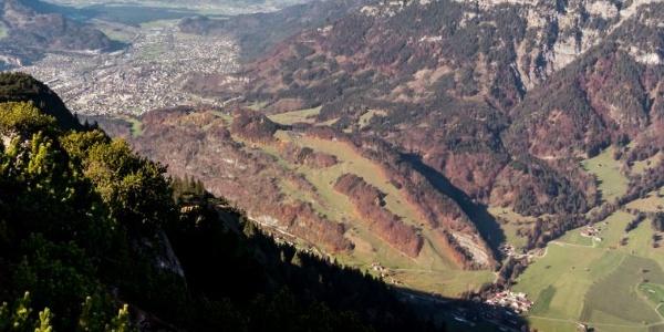 Die Klostertaler Bergwälder von oben (Bludenz - Grubs)