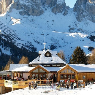 Rifugio Ciampolin - Canazei Val di Fassa - Inverno