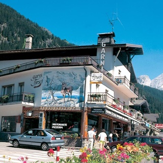 Garnì Hirsch - Canazei - Val di Fassa