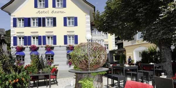 Hotel mit Gastgarten
