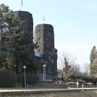 Die Remagener Brückentürme beherbergen das Friedensmuseum.