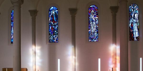Neue Pfarrkirche Heiliger Ulrich Innenraum 2