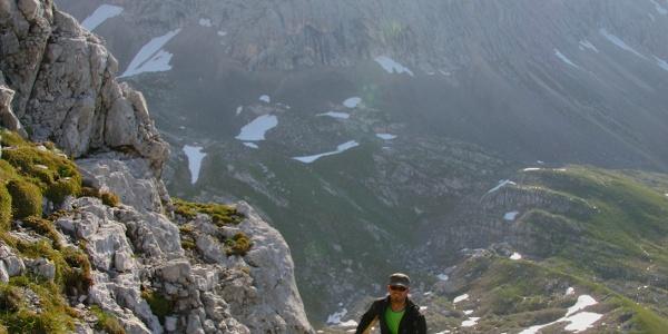 felsiges Gelände beim Aufstieg zur Sonntagskarspitze