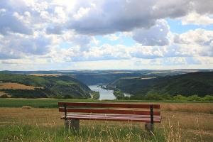 Blick von den Rheinhöhen (Foto: Stefan Rees, Quelle: Romantischer Rhein Tourismus GmbH)