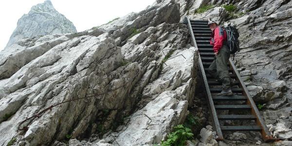 Etappe 23: Leiter im Aufstieg zum Schweizertor