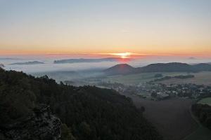 Foto Sonnenaufgang Papststein
