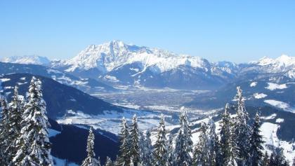 Gipfelpanorama: Saalfeldener Becken und Leoganger Steinberge