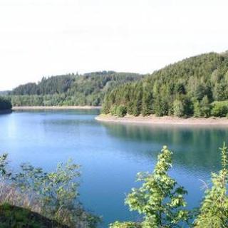 Ein Hauch von Skandinavien: die Ködeltalsperre.