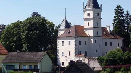 Schloss Rothenhof in Emmersdorf
