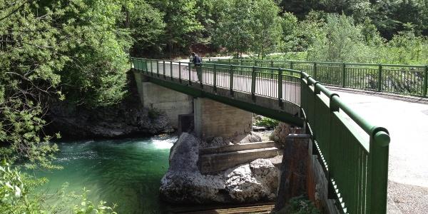Flussaufwärts bis kurz vor Naturparkeingang