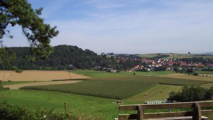 Waldrand Ausblick Richtung Rauschenberg