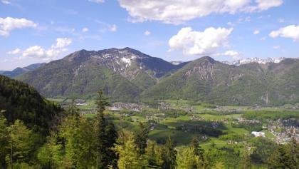 Obwohl nicht einmal 2000m hoch, erhebt sich die Zimnitz mit dem Leonsberg mächtig über dem Ischltal.