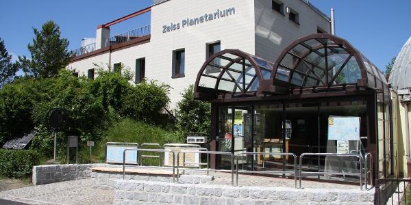 Zeiss-Planetarium und Sternwarte in Schneeberg