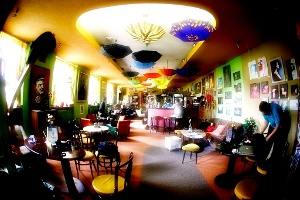 Groteska Art Café