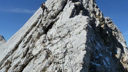 Am Klettersteig gegen den Gipfel hin