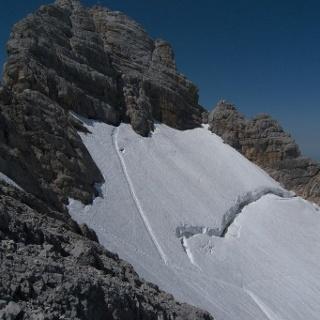 Aktueller Zustand des Hallstätter Gletschers am Zustieg zum Randkluft-KS