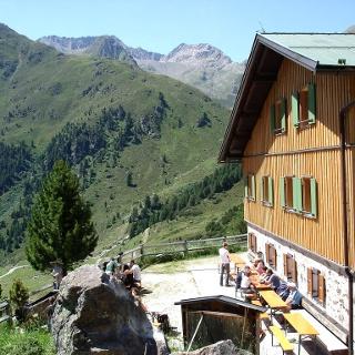 Schweinfurter Hütte (2.028 m)