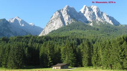 Großer Waxenstein, 2277 m, zeigt sich unnahbar von unserem Parkplatz!