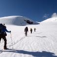 Beim Anstieg zwischen den Seracszonen ca. auf 3500m.